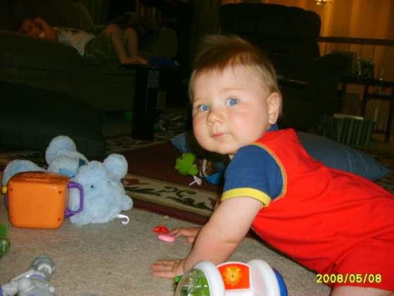 Caleb crawls005